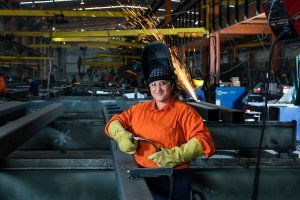 Maori & Pasifika trades training encouraging women into construction