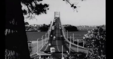 Auckland Harbour Bridge 1961