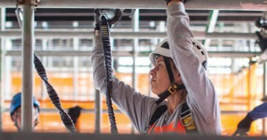 The woman challenging the ideals of what a great scaffolder should be