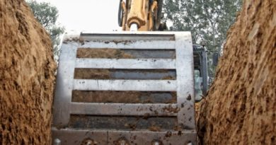 Machinery hazards and managing traffic on-site